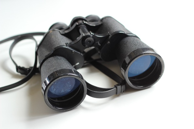 binoculars-old-antique-equipment-55804.jpeg