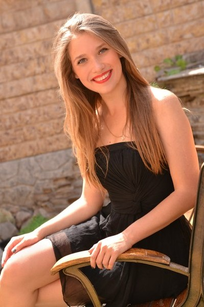 Dating single Ukrainian women - Brides from Ukraine